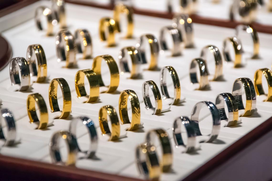 Guía de joyas de oro de 18 quilates